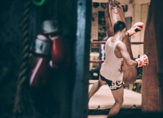 Muay_Thai_Training+Kick